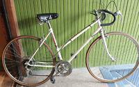 AVANT-GARDE * Vintage 10-Speed * En très bon état
