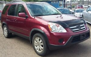 2005 Honda CR-V - Fully Loaded/Leather Seats - Low in Gas