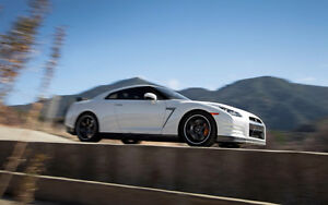 2009 Nissan GT-R looking to purchase immediately