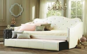 Day Bed with Crystal and Twin Trundle - White Day Bed / Twin