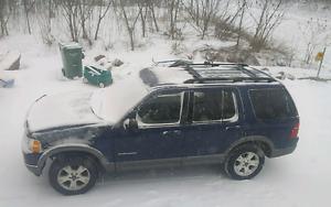 Ford explorer 2005 xlt 4x4 cuir v8 7 passagers