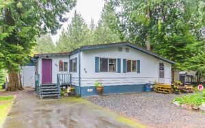 Charming, Affordable Moile Home