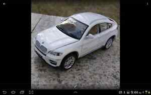 BMW X6 Alloy Diecast Car Model 1:32 Collection Gift Sound & Ligh London Ontario image 5