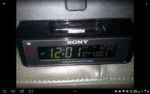 Sony ICF-C1IPMK2 Speaker System and Clock Radio with iPod London Ontario image 2