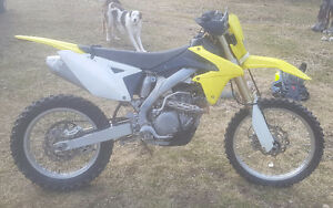 2010 Suzuki rmx 450 $5500 obo