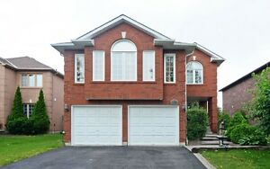 4 BEDS 4 BATHS house in Whitby for rent