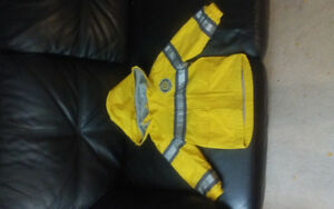 Rainjacket size 3T + matching rainboots