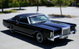 Lincoln 1969,'70, or '71  Mark 3, in a nice driver quality