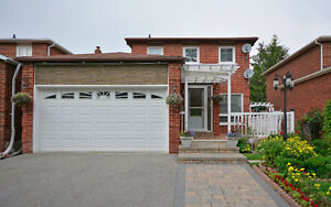 3 + 1 BR BEAUTIFUL DETACHED  HOUSE FOR SALE IN SCARBOROUGH