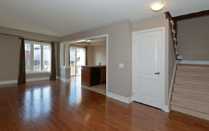 Best Value & Location, Town House for Rent (Courtice/Oshawa