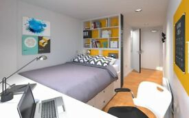 Boom! Boom! Boom! - This is your room! - 5 min to Liverpool Street