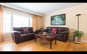 Furnished room..Main Floor..FEMALES house..near HUMBER / AIRPORT