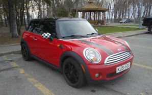 Mini Cooper 124km 5595$