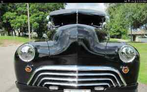 1942 Oldsmobile 68 Series 2Dr Coach