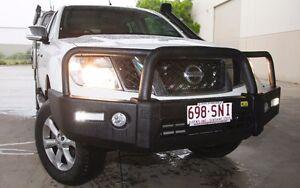 Nissan D40 Navara T15 Deluxe Bull Bar Black Alloy