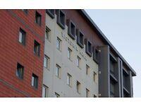 Victoria Halls ensuite room student accommodation