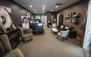 Renovated 8th st. clinic has office/treatments rooms for rent.