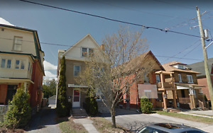 Sandy Hill 4 bedroom apartment Sublet