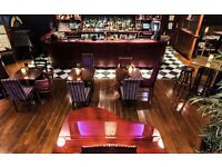 Full Time Waiting Staff at Henrys Cafe Bar Covent Garden