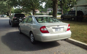 2002 Toyota Camry le  2.4l Berline