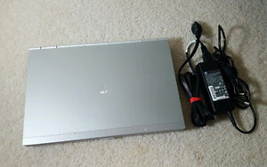 "Like New!HP Business Laptop,14"" i5 QUAD CORES,4Gb,500Gb,HDMI"