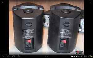 Omage GR303 indoor/outdoor speakers with wall brackets London Ontario image 2