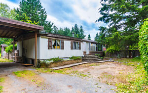 Affordable Home on Private 1/2 Acre Lot in Cedar!