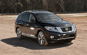 2016 Nissan Pathfinder Leather SUV, Crossover