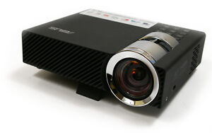 Asus B1M ultra portable Business projector