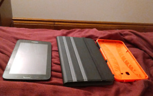 Samsung tab e lite and 2 cases
