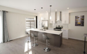 New Luxury Corner Townhouse in Whitby Shores