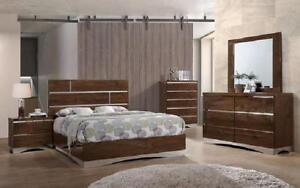 Dresser & Mirror + Chest - 10 Dresser + Mirror / Brown / Veneer & Lacquer