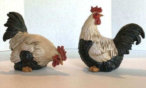 Set of 2 Roosters Figurines Tan and Black Ganz Chicken Rooster