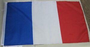 Drapeau-France-Etendard-Francais-Bleu-Blanc-Rouge-60-X-90