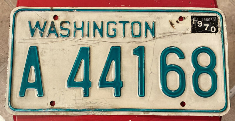 Natural 1970 Washington Truck License Plate Single All Original YOM Legal