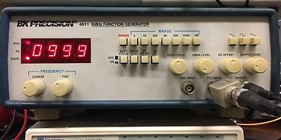 BK Precision 4011 0.5 Hz to 5 MHz Function Generator w// TTL CMOS Out Tested