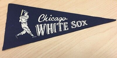 "1960s Vintage Chicago White Sox Baseball MLB 9"" Mini Pennant"