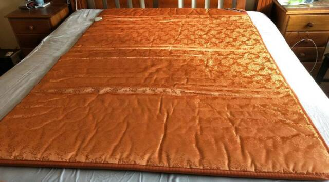 Double Mattress Pad Or Thick Mattress Top Layer Beds