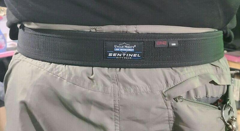 "Brand New Uncle Mikes Sentinel Law Enforcement Duty Belt Black Large. 2"" wide."