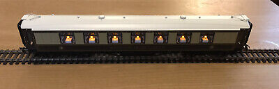 Hornby Pullman Coach With Super Detail