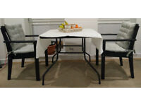 Imacculate Dining Table with 2 chairs - Black