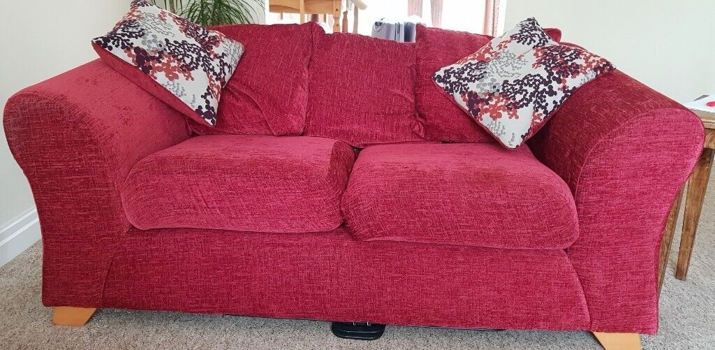 Cool Red 3 Seater 2 Seater Sofas Removable Covers For Washing Good Condition In Wetherby West Yorkshire Gumtree Download Free Architecture Designs Ogrambritishbridgeorg