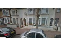 DO NOT MISS SPACIOUS 3 BED 2 RECEPTION HOUSE IN EASTHAM E6 CLOSE TO STATION