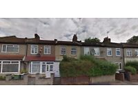 3 BED HOUSE IN PLAISTOW E13..GREAT PRICE AVAILABLE IMMEDIATELY!! MUST SEE