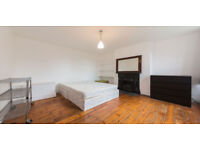 Spacious 1 / 2 Bed Flat in Crouch End !!!