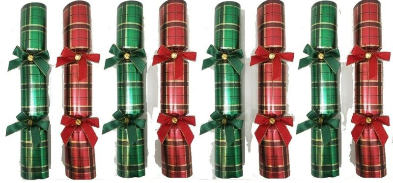 NO BOX/BRAND NEW Tom Smith Holiday 8 Festive Crackers Red and Green