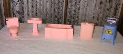 RENWAL PINK BATHROOM DOLLHOUSE FURNITURE PLUS WRINGER WASHER 5 PIECE LOT