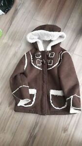 Small 4T - more like  3T VGUC Old Navy fall Sherpa lined coat