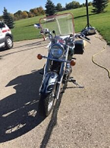1999 Yamaha Vstar Classic with Bags REDUCED TO $3000 London Ontario image 2