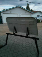 wind deflector for trailers